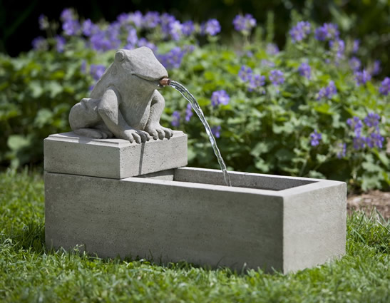 Frog Plinth Fountain (3pc)