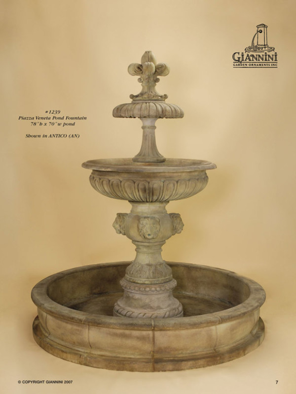 Plazza Veneta Pond Fountain