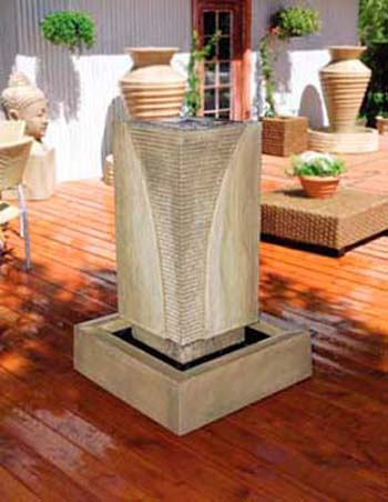 Ribbed Monolith Fountain