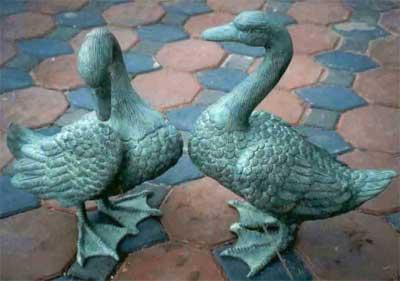 Ducks (Pair) – Piped
